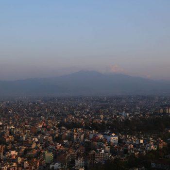 Катманду, Вид на горы с горы