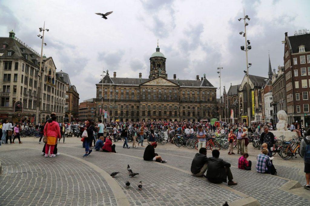 Амстердам, площадь