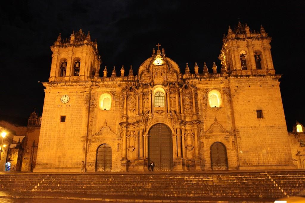 Куско-Перу, церковь