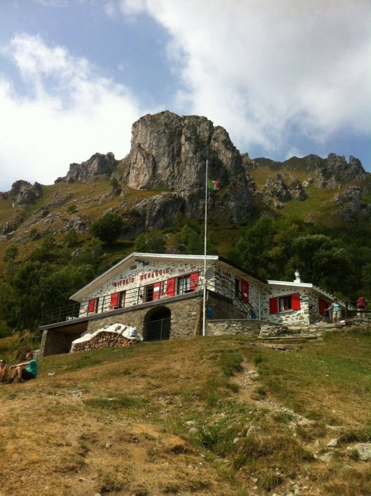 Треккинг в Альпах, ресторан