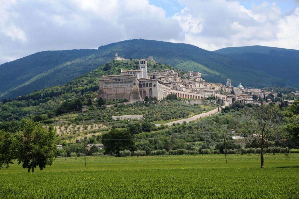 Итальянский город на горе