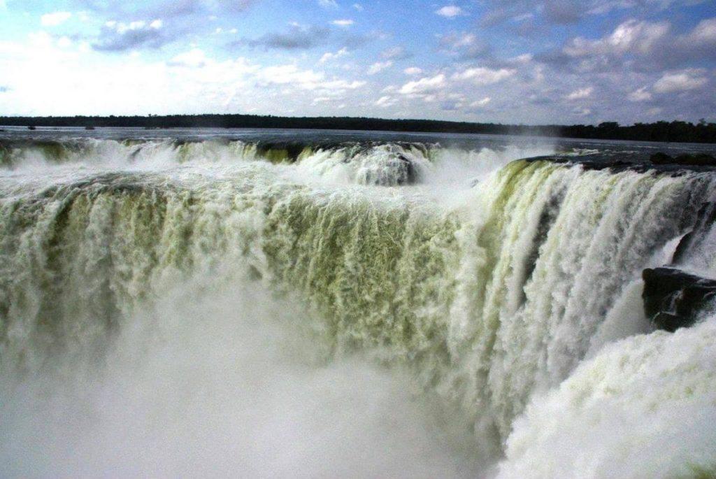 Водопад в Аргентине, Игуасу