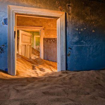 Город под песками в Намибии