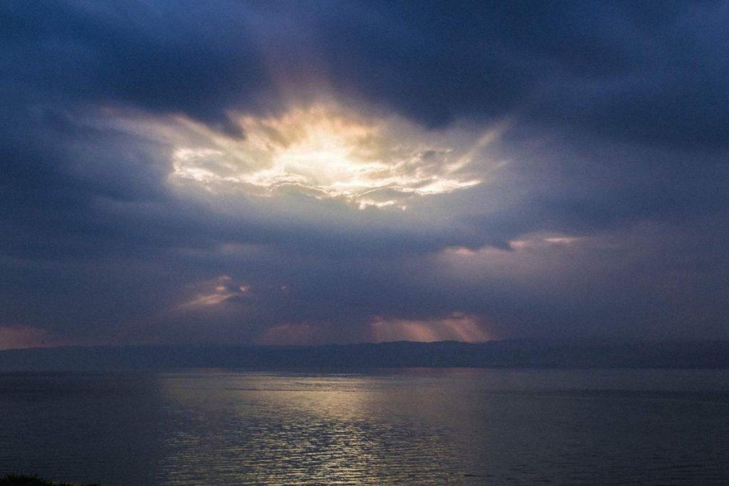 Закат-на-мертвом-море
