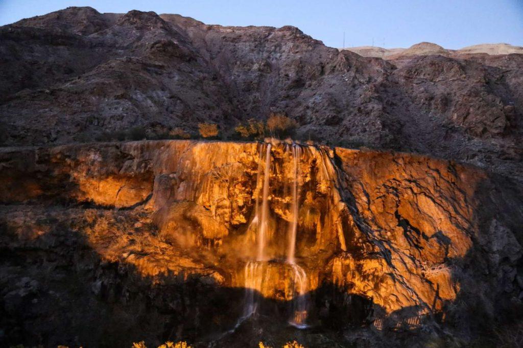 водопад в иордании