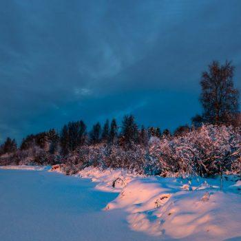 Восход в Рованиеми, снежный пейзаж