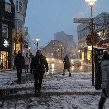 улица зимой-Рейкьявик