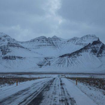 Исландия дорога зимой