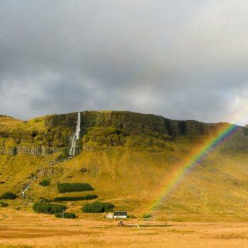 Радуга и водопад, Исландия