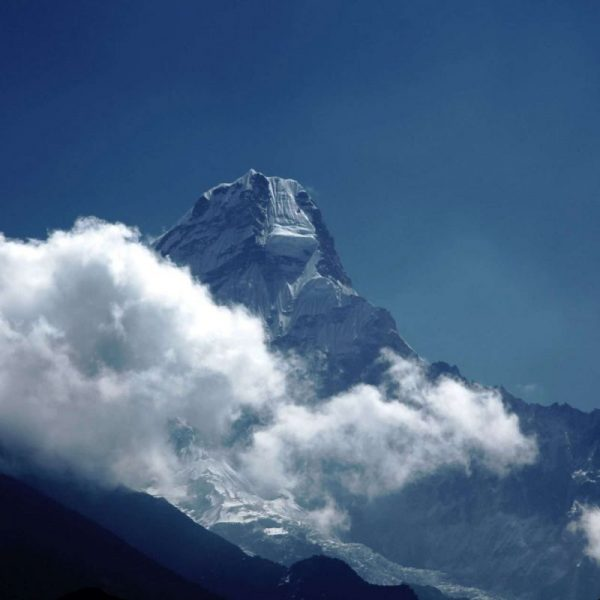Гималаи. Непал. Вершина горы.