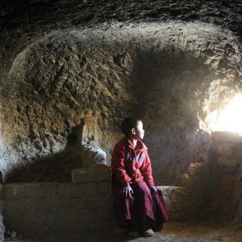 Мустанг, юный монах