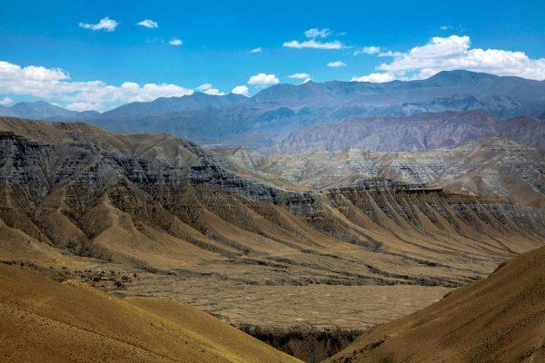Гималаи. Мустанг.Коричневые Горы.