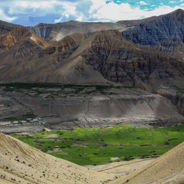 Гималаи. Мустанг. вид гор.