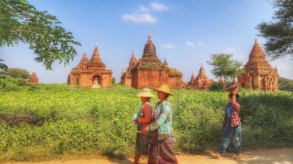 Древние постройки в Бирме