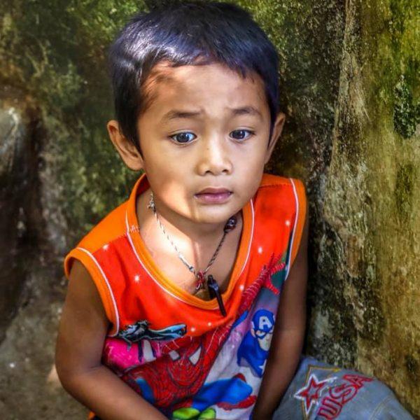 Ребёнок, Лаос