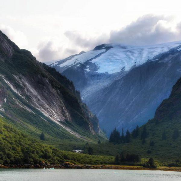 Джуно город в Аляске