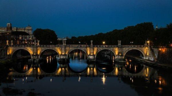 мост в Риме