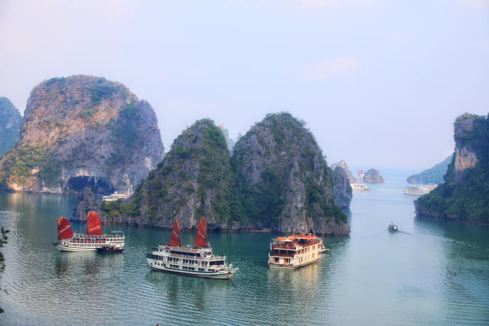 путешествие на корабле по Вьетнаму